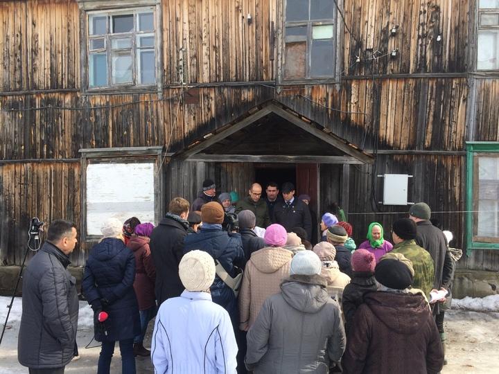 Александр Бречалов обещает посодействовать жителям посёлка Симониха
