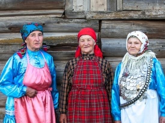Обязательное изучение удмуртского языка в школах, этнопарк, площадки для народных игр – что старейшины ждут от главы Удмуртии?
